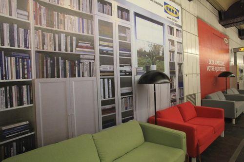 Paris metrosunda IKEA 8