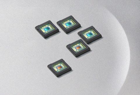 Samsung 12MP ve 8MP kamera sensörlerini duyurdu.