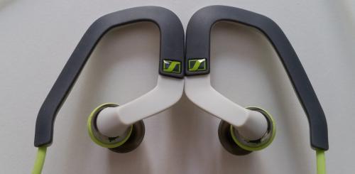 Sennheiser OCX686i Sports kulaklık kancaları.